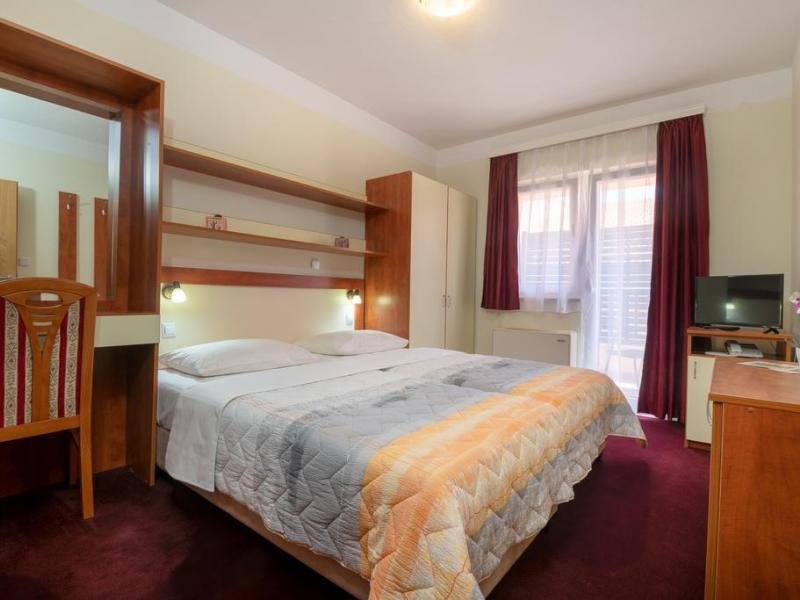 Hotel Adria Neum krevet