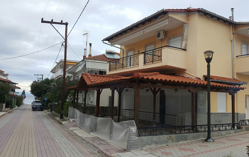 polihrono vila aleksandra star