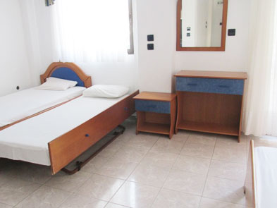 sarti vila george