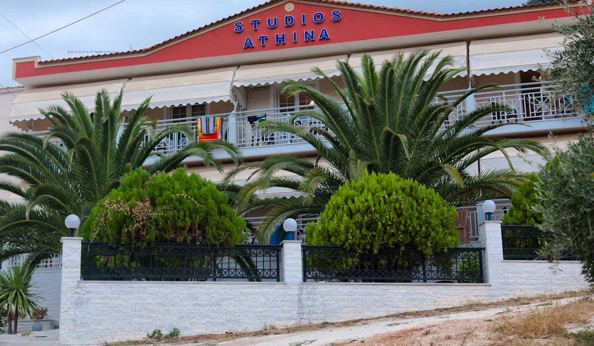 tasos golden beach vila athina