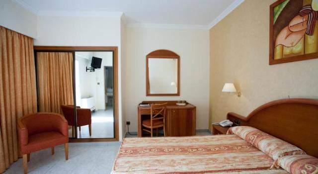 majorka hotel las arenas