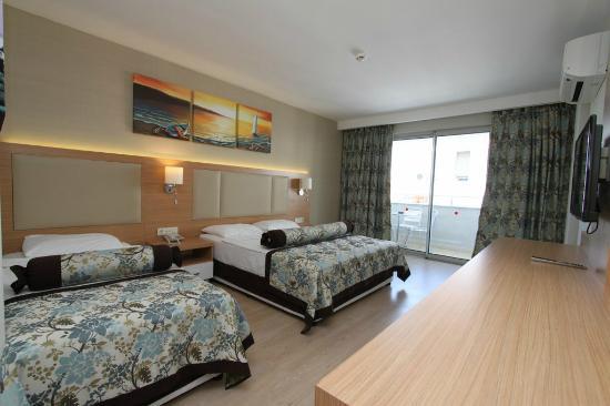 alanja blue wave suite hotel 4